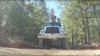 327x184-detroit-virtual-tech-in-wrok-trucks.png